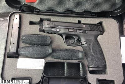 For Sale: S&w m&p .40 m2.0