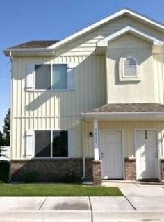 2 Bedrooms, 3 Bathrooms at John Adams and
