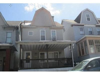 4 Bed 1.5 Bath Foreclosure Property in Altoona, PA 16602 - Crawford Ave