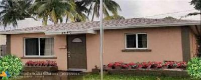 1440 NE 24th Ct Wilton Manors Two BR, nice house in with dome
