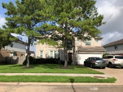 3.5 Bath Preforeclosure Property in Pearland, TX 77584 - Sienna Springs Dr
