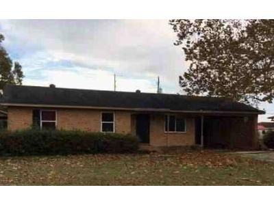 3 Bed 1.5 Bath Foreclosure Property in Aiken, SC 29803 - Henry St