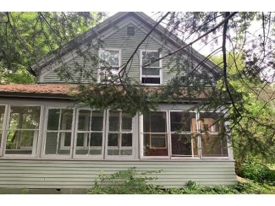 3 Bed 2 Bath Foreclosure Property in Saint Johnsbury, VT 05819 - Brunelle St