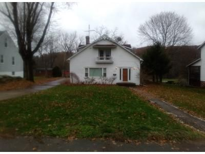 4 Bed 2.5 Bath Preforeclosure Property in Canal Fulton, OH 44614 - S Canal St