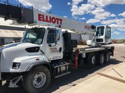 2014 Freightliner 114SD with a 2014 Elliott 36127R