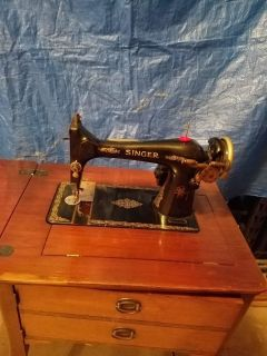 Vintage Singer sewing machine restoration project