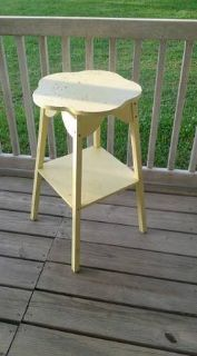 Small table / plant stand