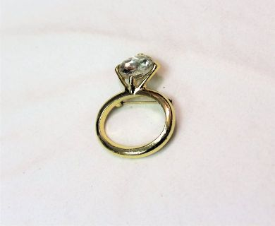 NWOT Gold Tone Brooch Hat Pin Lapel Faux Diamond Engagement Ring