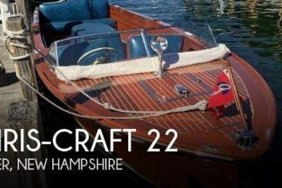 1953 Chris Craft 22 Runabout