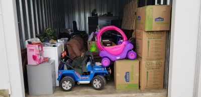 STORAGEWARS **ENTIRE STORAGE CONTENTS LOT