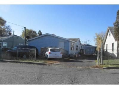 3 Bed 2 Bath Foreclosure Property in Klamath Falls, OR 97601 - Orchard Ave