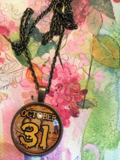 Antique look October the 31st new