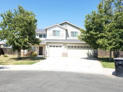 5 bedroom in Hanford