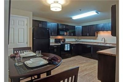 3 bedrooms Apartment - The Woodlands of Minnetonka has plenty of choices.