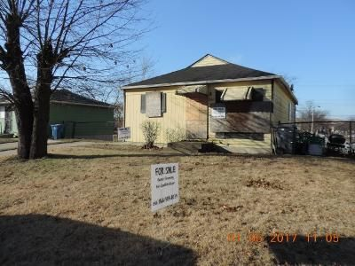 2 Bed 1 Bath Foreclosure Property in Gary, IN 46406 - Matthews Pl