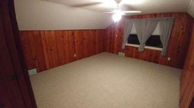 Master bedroom and private bathroom for rent; work professionals only