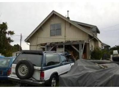 3 Bed 1.5 Bath Foreclosure Property in Anacortes, WA 98221 - 26th St