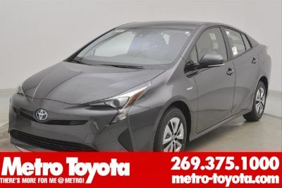 2018 Toyota Prius Two (Magnetic_gray_m)