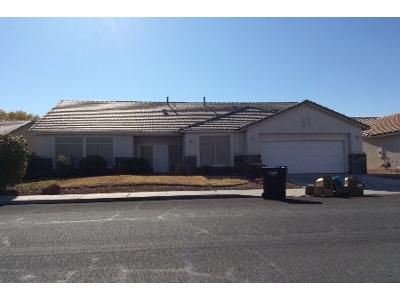 4 Bed 3 Bath Preforeclosure Property in Henderson, NV 89015 - Blue Lantern Dr
