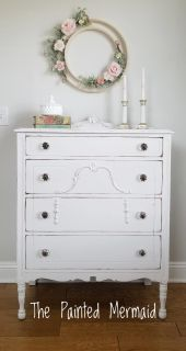 Sweet 1920s Chest
