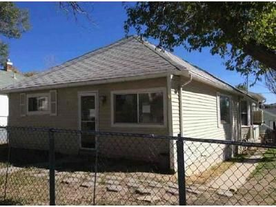 2 Bed 1 Bath Foreclosure Property in Rock Springs, WY 82901 - Mckeehan Ave