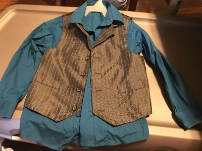 Dress shirt with gray vest size 6