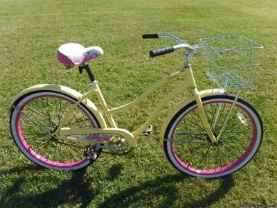 "Christopher Metcalfe Creations 26"" Huffy Women's Cranbrook Cruiser Bike, Ocean Yellow by"
