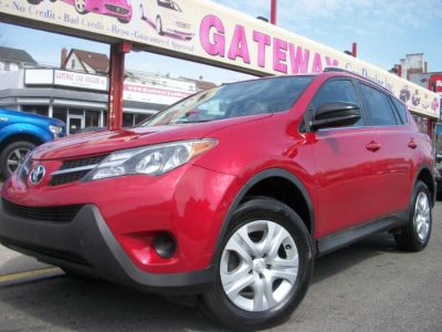 2014 Toyota RAV4 LE (Barcelona Red Metallic)
