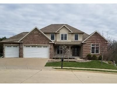 4 Bed 4 Bath Foreclosure Property in Edwards, IL 61528 - W Willow Oak Ct