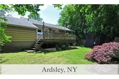 House for rent in Ardsley. Washer/Dryer Hookups!