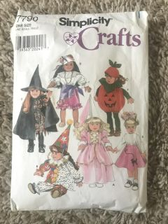 """Simplicity Crafts 18"""" Doll Halloween Costume Patterns"""