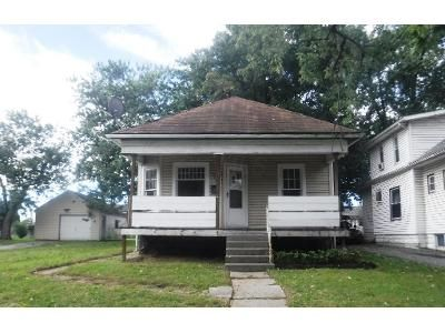 2 Bed 1 Bath Foreclosure Property in Columbus, OH 43211 - Joyce Ave