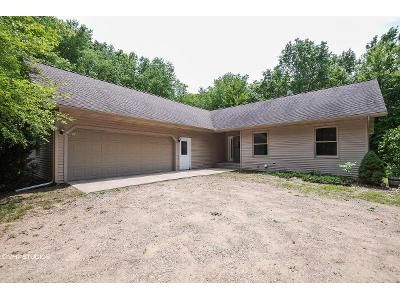 3 Bed 3 Bath Foreclosure Property in Coloma, MI 49038 - Johnson Rd