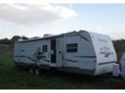 2005 Keystone RV Cougar Travel Trailer in Pasadena, MD