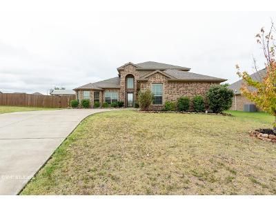 4 Bed 3 Bath Foreclosure Property in Greenville, TX 75402 - Seminole Ln