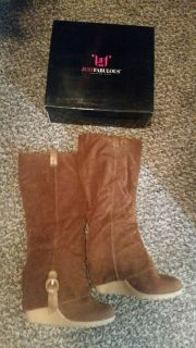Almost new, brown boots
