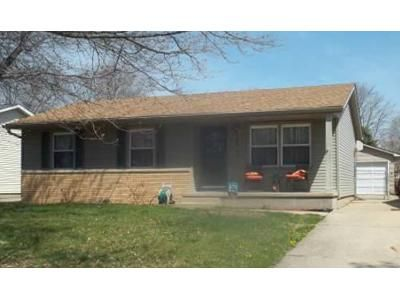 3 Bed 1 Bath Foreclosure Property in Springfield, IL 62702 - E Griffiths Ave