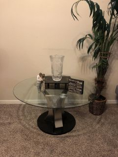 Glass coffee/entry table