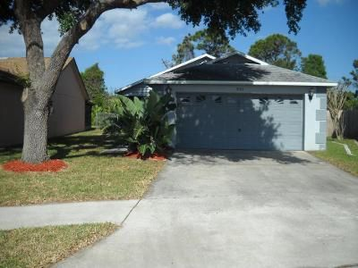 2 Bed 2 Bath Foreclosure Property in Cocoa, FL 32926 - Dunhill Dr