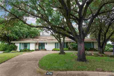 4701 Green River Court FORT WORTH Four BR, The circle drive
