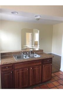 Charming West Ridge 1 BR w/ Tons of Natural Light!