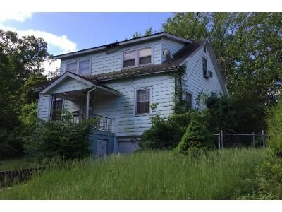 2 Bath Preforeclosure Property in Riverdale, MD 20737 - Somerset Rd