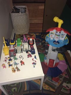 Paw patrol lookout toy lot with trucks