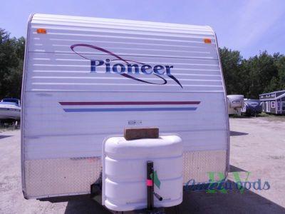 2004 Fleetwood Rv Pioneer 25 TS 6