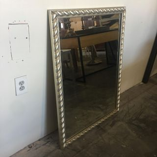MIRROR FOR SALE (30 x 40)