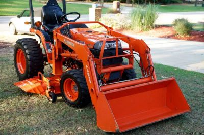 2007 Kubota B7610 HST, 4WD, Loader and Belly Mower Shipping Available