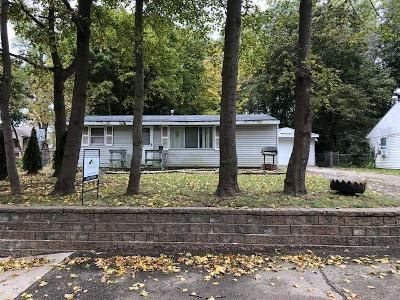 3 Bed 1 Bath Foreclosure Property in Lake Orion, MI 48362 - Pine Tree Rd