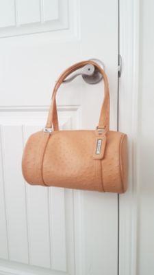 GUESS handbag $20