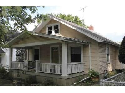 2 Bed 1 Bath Foreclosure Property in Richmond, IN 47374 - Glen Ct