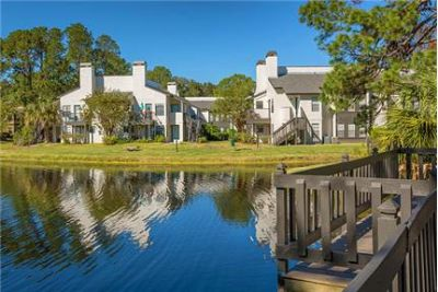 Pet Friendly 2+2 Apartment in Ponte Vedra Beach. Parking Available!